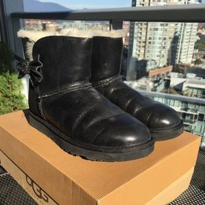 Ugg Mini Bow Crystal Boot